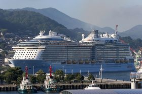 2018年の長崎県内へのクルーズ船寄港は約400回に上り、17年の366回(見込み)を上回って過去最多となる見通し