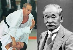 講道館での柔道けいこに参加したプーチン大統領=2000年9月 柔道の創始者、嘉納治五郎氏(右)