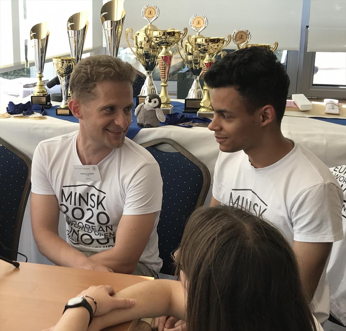 ヨーロッパ選手権優勝のタニヤンさん(右)トリセンカさん