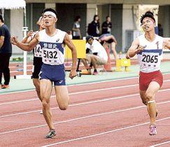 男子400メートル決勝 48秒04で制した平野友貴(磐田北)=エコパスタジアム