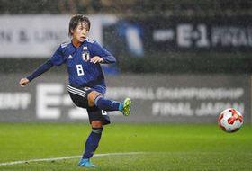 日本-韓国 後半、決勝ゴールを決める岩渕=フクアリで