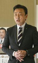 公約を発表する加藤氏=3日午後、高根沢町宝石台