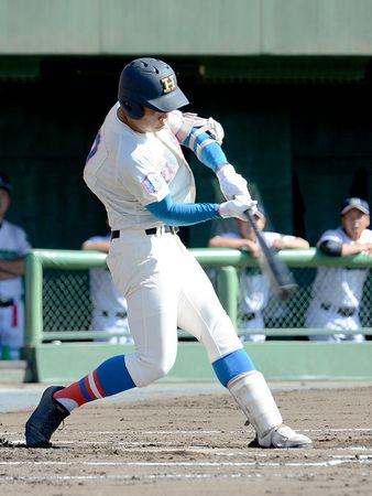 高校野球 秋季埼玉大会 5日準決勝 花咲徳栄-浦和学院、ライバルが激突