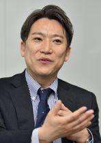 インタビューに答える慶応大大学院の山本龍彦教授