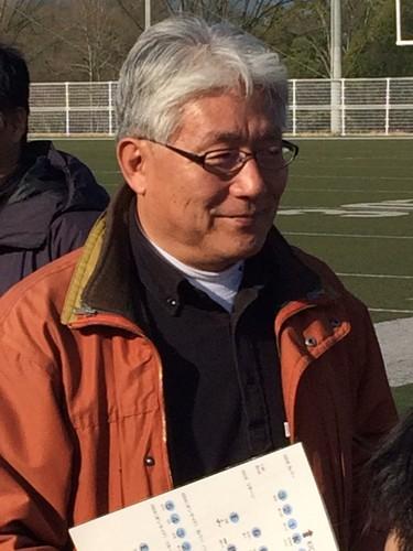 交流戦でF・Fランガルズの選手に指示を出す柴田尚さん=1月24日、大阪・エキスポフラッシュフィールド