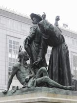 米サンフランシスコで、「差別的」として撤去が決まった銅像=3月(AP=共同)