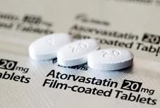 スタチンの錠剤(ゲッティ=共同)