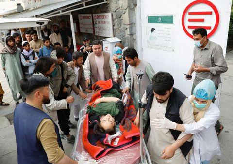 アフガンで爆発40人死亡