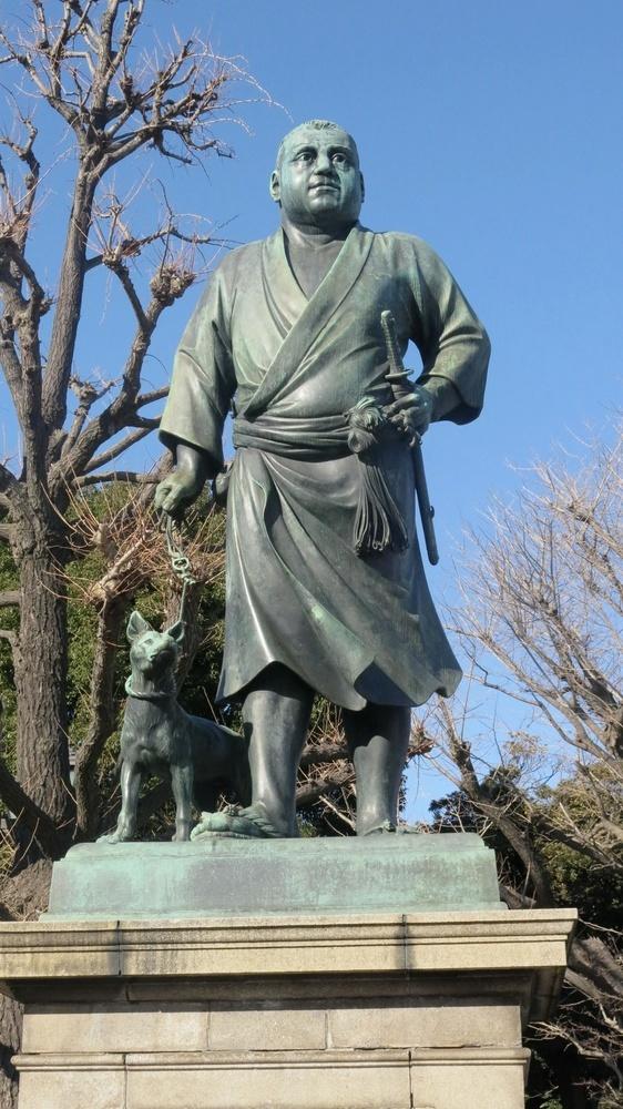 高村光雲作の西郷隆盛像=東京都台東区