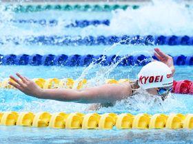 女子100メートルバタフライ決勝 県高校新記録で優勝した春日部共栄の田嶋玲奈
