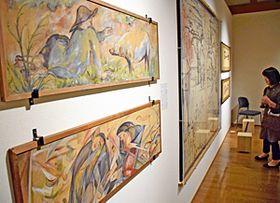 喜多方美術倶楽部ゆかりの作品を展示している会場