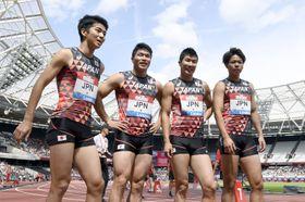 男子400メートルリレー 日本歴代3位の37秒78で2位に入った日本チーム。左から多田、小池、桐生、白石=ロンドン(共同)