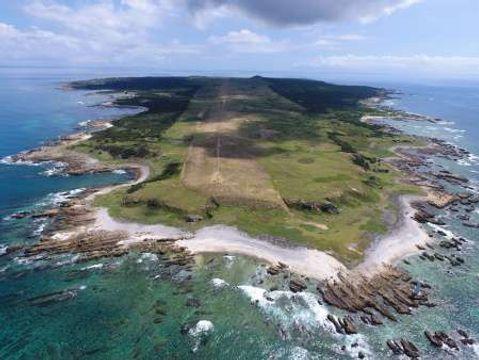 馬毛島F15デモ飛行 塩田知事、熊毛支庁屋上から視察 音量測定器を持参、11日現地入り