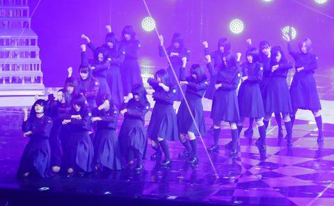 「欅坂46」10月で活動休止