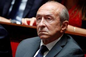 フランス国民議会で質問に耳を傾けるコロン内相=12日、パリ(ロイター=共同)