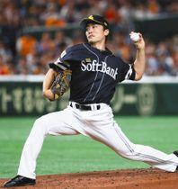 5回1失点で2年ぶりの白星を挙げたソフトバンク・和田=東京ドームで