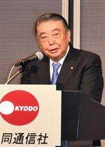 共同通信きさらぎ会で講演する大島議長=15日、東京都内のホテル