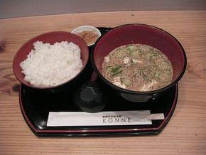宮崎県を代表する郷土料理の「冷や汁」