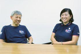 「来年も葉山に来るのを選手に楽しみにしてもらえたら」と話す齋藤さん(右)、姫野さん=葉山町堀内