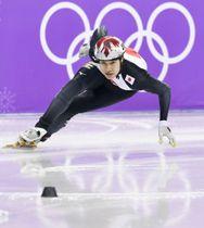 平昌五輪のショートトラック男子500メートル準決勝で滑走する坂爪亮介=江陵(共同)