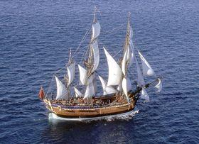 英国人探検家ジェームズ・クックがオーストラリア大陸に上陸した際に乗っていた帆船「エンデバー号」の復元船(オーストラリア国立海洋博物館提供・共同)
