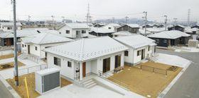 宮城県東松島市の「柳の目西地区」に完成した災害公営住宅=24日午前