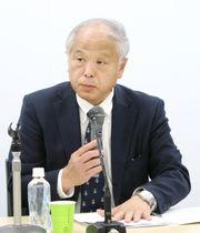 記者会見する日本原子力産業協会の高橋明男理事長=25日午後、東京都千代田区