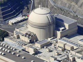 関西電力大飯原発4号機=福井県おおい町