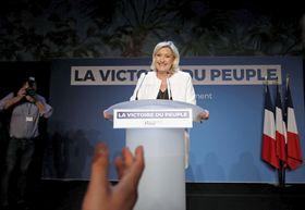 フランスの極右政党、国民連合のマリーヌ・ルペン党首=26日、パリ(ロイター=共同)