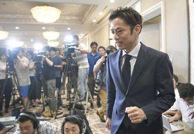 現役復帰の記者会見に臨んだ高橋大輔選手=7月1日、東京都内のホテル