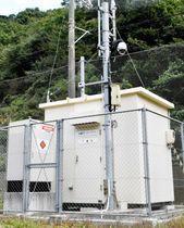 四国電力伊方原発から約30キロ圏内の伊予市双海町に設置されているモニタリングポスト=20日午前(撮影・高田未来)