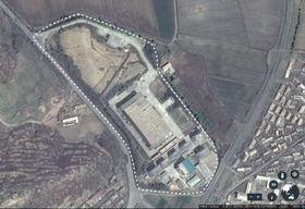 外交・安全保障専門オンライン誌が特定した平壌の南西、千馬里にある秘密のウラン濃縮施設(グーグルアース提供)
