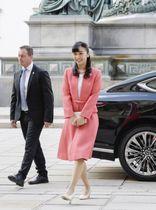 オーストリアの首都ウィーンで博物館を訪問された秋篠宮家の次女佳子さま=16日(共同)