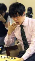 第2回ワールド碁チャンピオンシップ決勝で敗れた井山裕太碁聖=19日、東京都千代田区の日本棋院