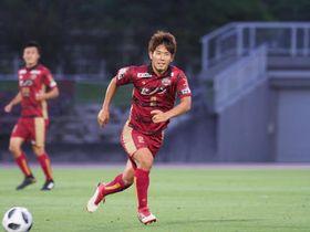 古里への思いを胸に、FC琉球で活躍する増谷さん(FC琉球提供)