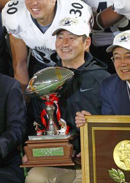 ライスボウル3連覇の富士通・藤田智HCが退任 後任は山本洋コーチ