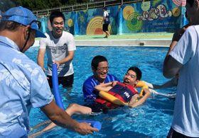 車いす利用者、鎌倉で待望の水遊び 台風で中止も企画実現