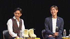 チャリティートークショーで同郷ならではの掛け合いを繰り広げる高橋選手(左)と田中選手=6月14日