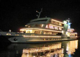 琵琶湖汽船の客船「ビアンカ」