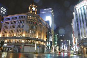 10月12日、台風19号の接近で閑散とした東京・銀座
