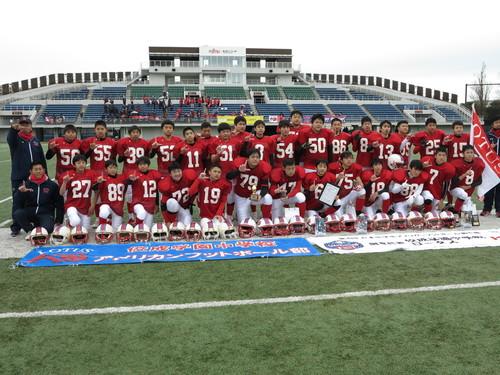 準優勝の佼成学園中学=写真提供・日本中学生アメリカンフットボール協会