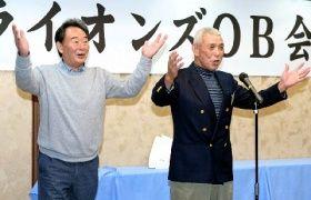 ライオンズOB会を博多手一本で締める東尾氏(左)と池永氏