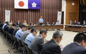 警視庁本部で開かれた東京五輪・パラリンピックに向けた総合対策委員会=17日午前