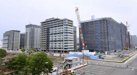 整備が進む選手村=3日、東京都中央区