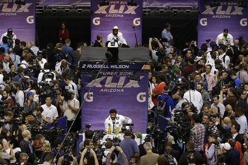スーパーボウル恒例の「メディアデー」には、世界中から報道陣が詰めかける=写真提供・NFLジャパン