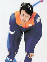男子1000メートル ゴール後にタイムを確認するフェルバイ(川村公俊撮影)