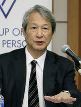 「賢人会議」の第4回会合を終え、記者会見する座長の白石隆熊本県立大理事長=23日午後、京都市