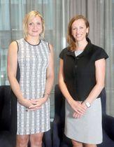 政治、経済分野における女性のリーダーを養成する団体「マイン・ザ・ギャップ」(ワシントンD.C.)の共同代表、クリスティン・ハフェート氏(左)とジェシカ・グラウンズ氏