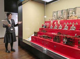 2月に開館する岩槻人形博物館に展示されたひな人形=21日午前、さいたま市岩槻区