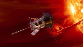 太陽のコロナに接触して観測する無人探査機「パーカー・ソーラー・プローブ」の想像図(NASA提供・共同)